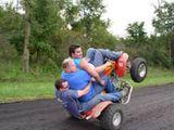 Der Wheelie landet im Dreck