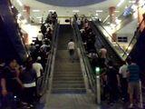Rolltreppe vs. Treppe