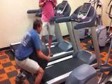Laufband und Gymnastiball