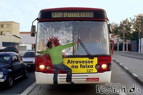 Vom Bus mitgenommen